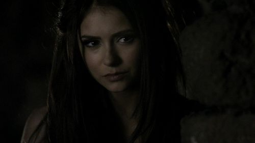 Katherine Pierce Hintergrund with a portrait titled Katherine