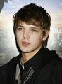 Max D. Thieriot 0_o - max-thieriot photo