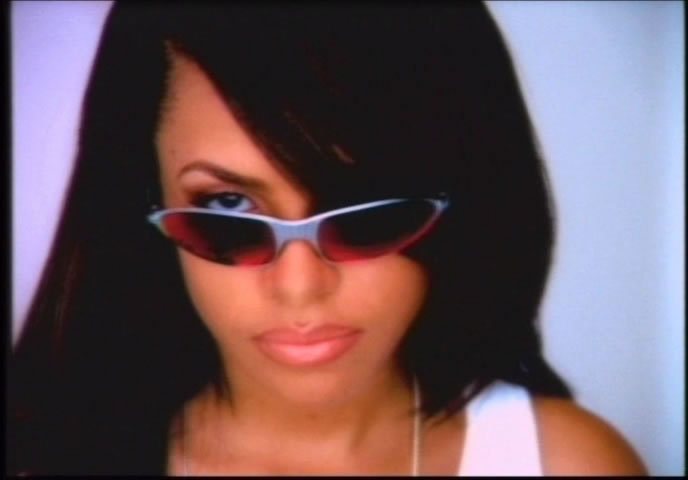 One-In-A-Million-aaliyah-18623357-688-480 jpgAaliyah One In A Million Album Cover