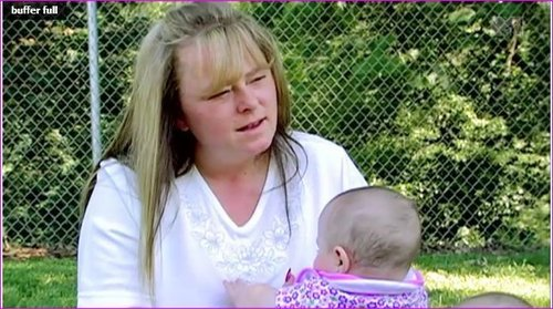 """Screenshots From The secondo Episode Of Teen Mom 2 """"So Much To Lose"""""""