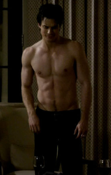 Sexy-damon-salvatore-18636196-380-601.jpg