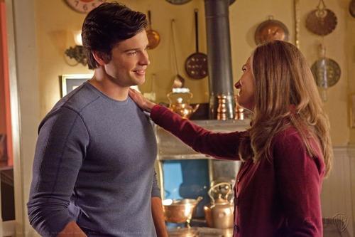 Smallville - Episode 10.13 - Beacon - Promotional photos