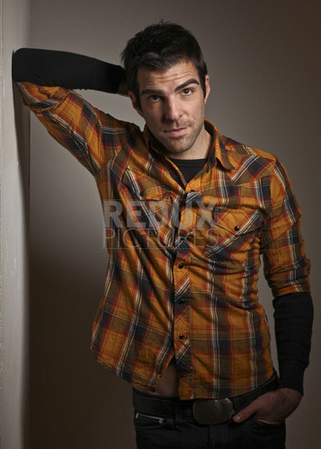 Zachary Quinto wallpaper titled The New York Times (October 2010)