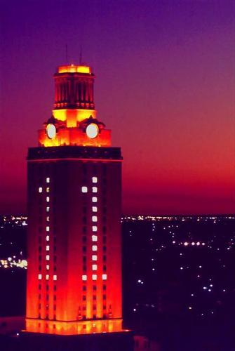 大学 of Texas Tower