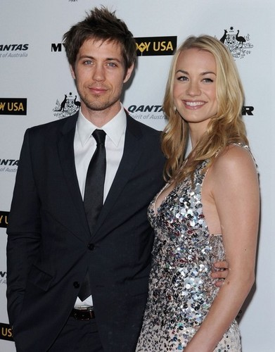 Yvonne Strahovski & Tim Loden @ the 2011 G'Day USA Black Tie Gala