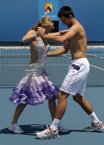 djokovic dancing 2011