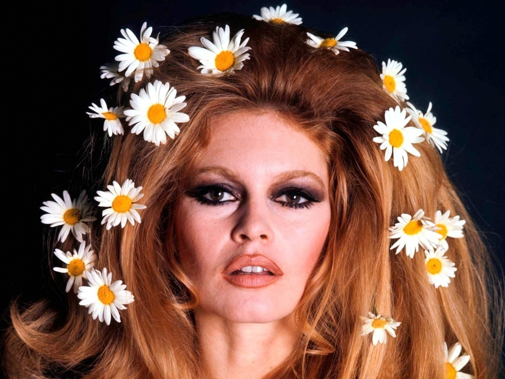 Brigitte Bardot - Photo Set
