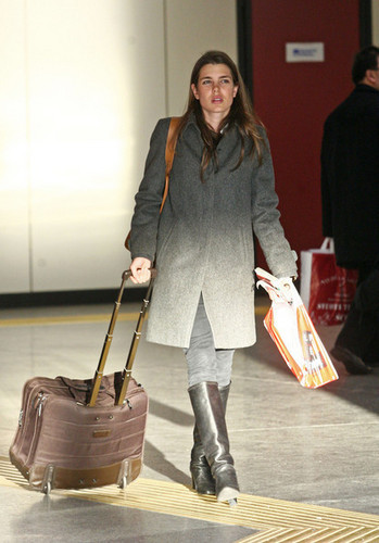 샬럿, 샬 롯 Casiraghi in Nice
