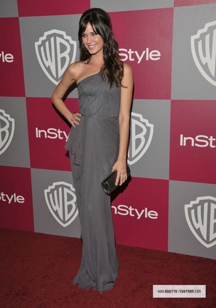 Golden Globes Party [2011] - Odette Yustman 421x600