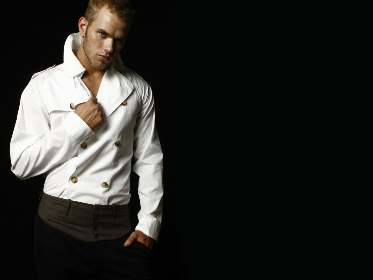 Kellan Lutz - Wallpaper Hot