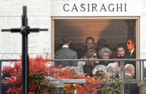 Prinzessin charlotte Casiraghi Hintergrund called Laura Sabatini Casiraghi's Burial Survices