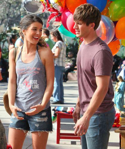 Matt on set of 90210