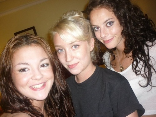 Meg, Lily & Kaya