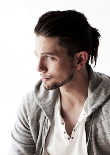 lebih Jackson Rathbone Outtakes From Nylon Magazine!