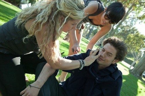 더 많이 Outtakes Of Jackson Rathbone From Zooey Magazine!