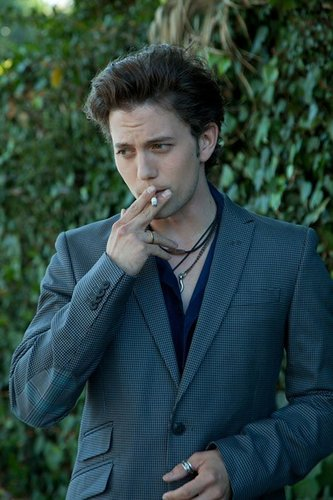 thêm Outtakes Of Jackson Rathbone From Zooey Magazine!
