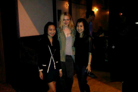 New Photos of Dakota with Fans in Baton Rouge. - dakota-fanning Photo