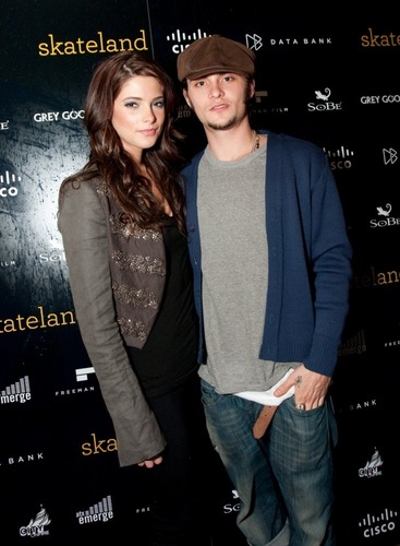 "New Picture of Ashley Greene with ""Skateland"" Co-star Shiloh Fernandez"