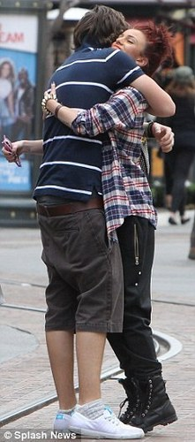 Rapper Cher & Harry Hug B4 They Hit The Shops (Reunion) 100% Real :) x