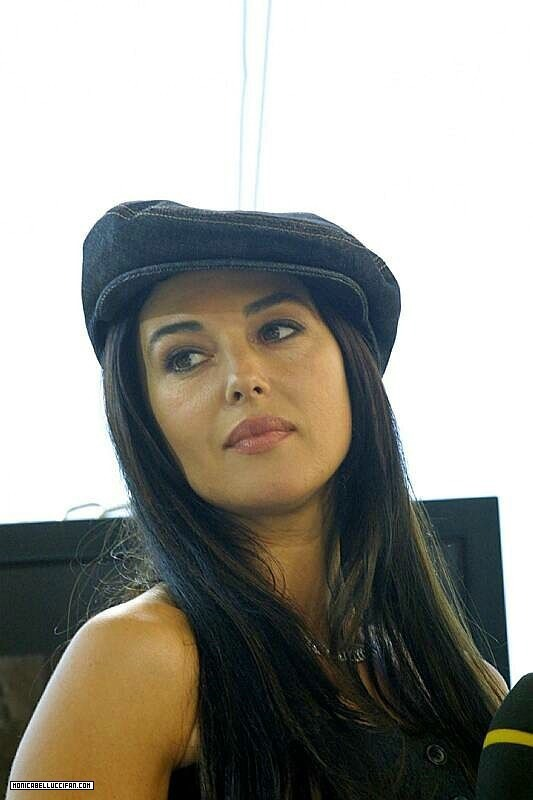 Monica Bellucci - Gallery Colection
