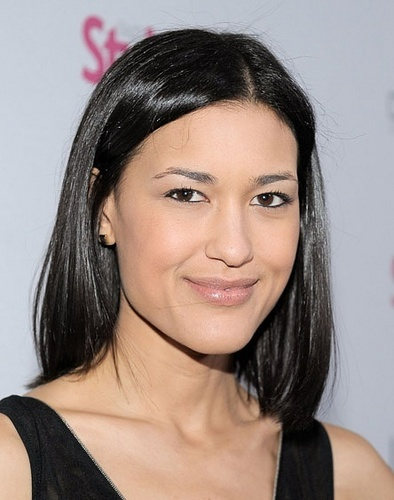 27.01 - Julia Jones on A Night Of Red Carpet Style in LA