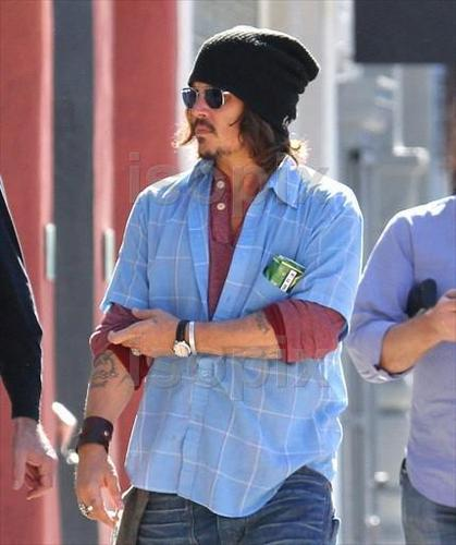 28 Jan 2011 Beverly Hills - Johnny Depp