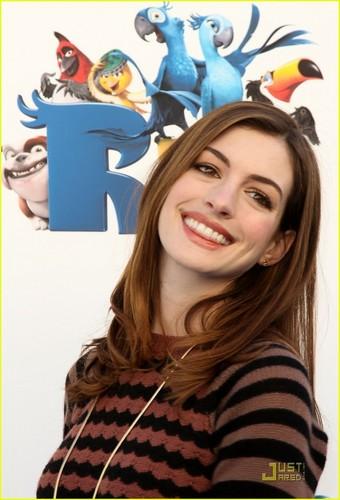Anne Hathaway: 'Rio' Sneak Beak Screening!