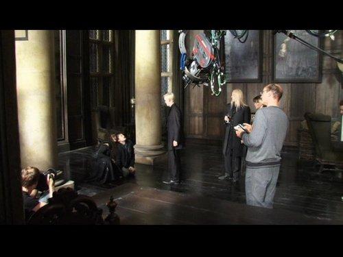 Behind the Scenes foto of Tom Felton in Deathly Hallows Malfoy manor scene
