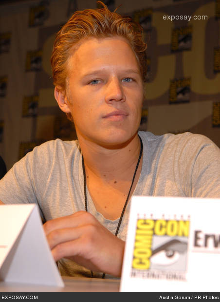 christopher egan twitter