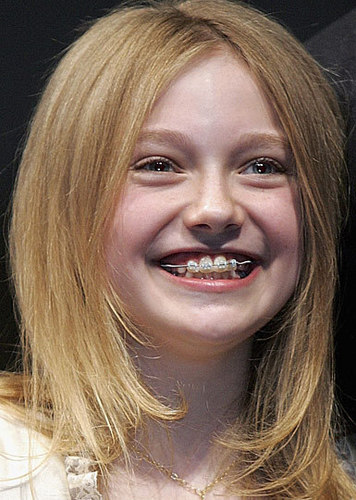 Celebrity Braces images Dakota Fanning wallpaper and background photos