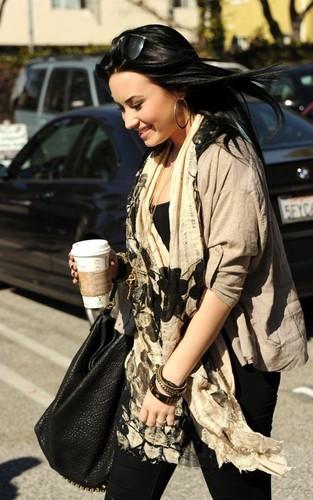 Demi finally in L.A