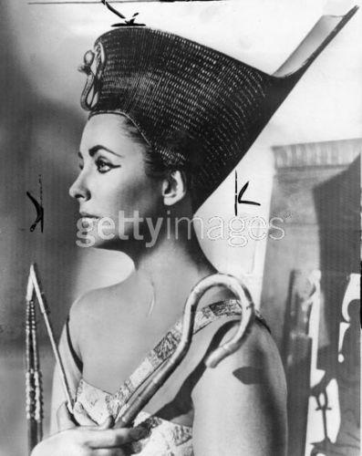 Elizabeth Taylor as Cleopatra_1961