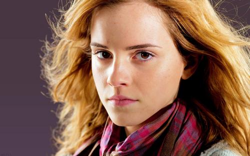Emma Watson DH wallpaper