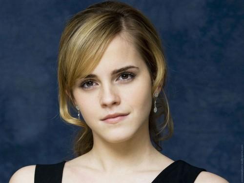 Emma Watson Hintergrund with a portrait titled Emma Watson