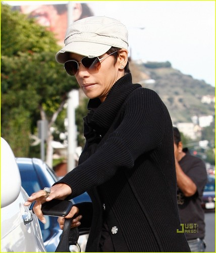 Halle out & about in West Hollywood 1/26/11