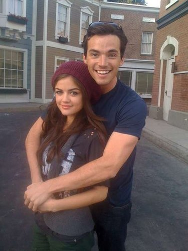 Ian/Lucy..♥ - lucy-and-ian Photo