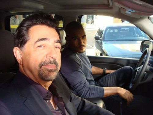 Shemar Moore wallpaper containing a business suit called Joe and Shemar