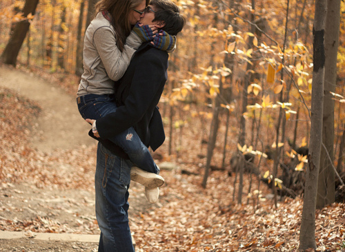 Kisses. <3