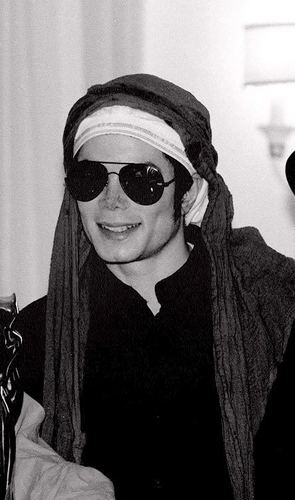 Michael Jackson Wears Underwear On his head