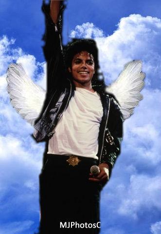 Michael is an 天使