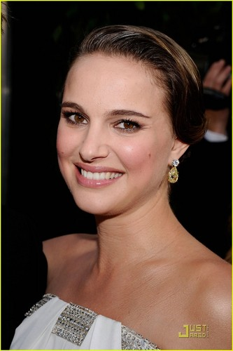 Natalie Portman @ 2011 SAG Awards