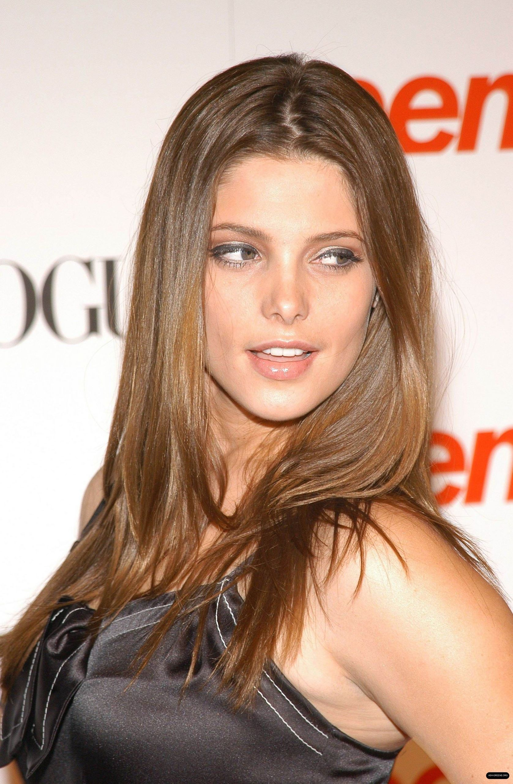 New Photos of Ashley at the 6th Annual Teen Vogue Young Hollywood Party 2008 HQ ashley greene 18879369 1676 2560 Sexy Punk Gothic Fashion Model Stock Photo   754057