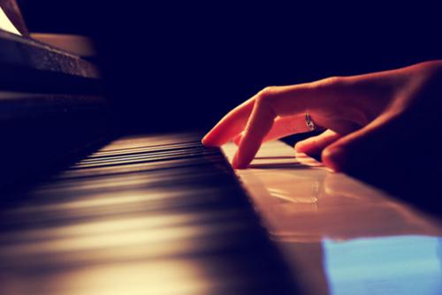 Pianos & Stuff