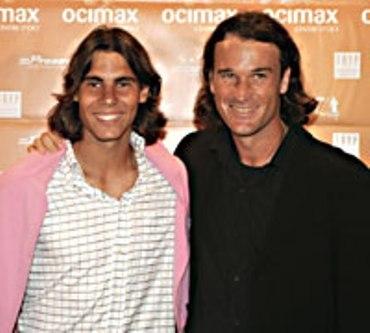 Rafa and Carlos were look like as twins !!