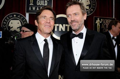 SAG Awards 2011 - Hugh and Dennis Quaid