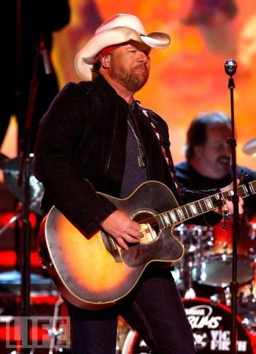 Toby Keith awesome pictures