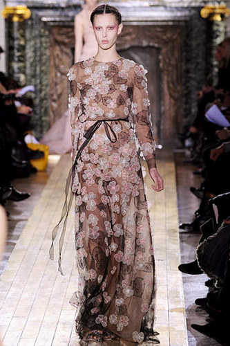 Valentino Spring 2011 Couture