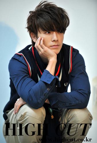♥Donghae High Cut♥