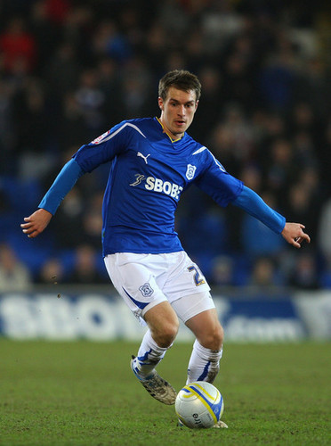 A. Ramsey (Cardiff - Reading)