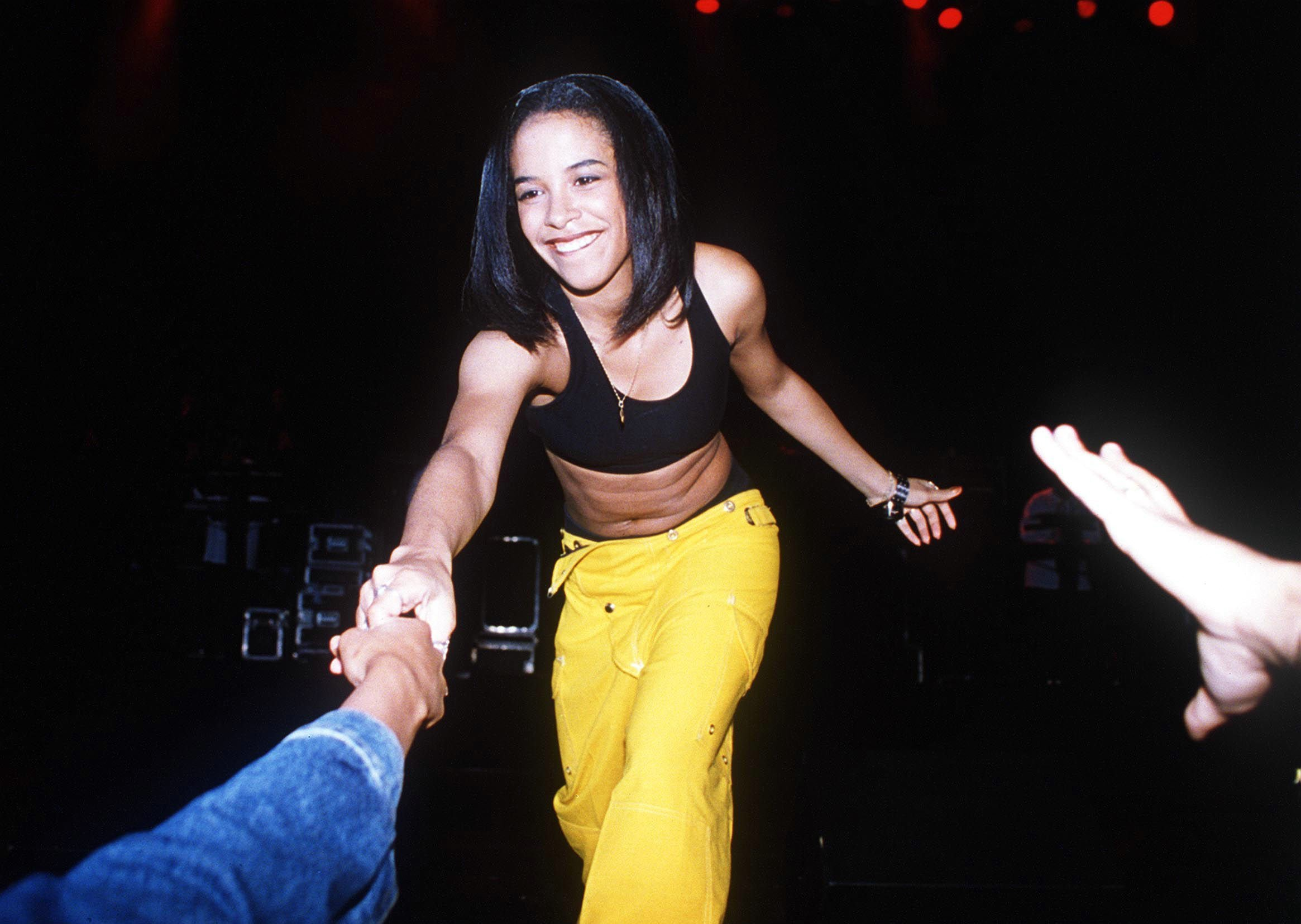 Aaliyah on stage :)